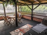 terasa v patře (Prodej domu v osobním vlastnictví 220 m², Mařenice)