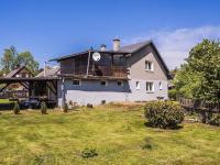 pohled ze zahrady (Prodej domu v osobním vlastnictví 220 m², Mařenice)