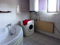Koupelna - Prodej domu v osobním vlastnictví 240 m², Nový Oldřichov