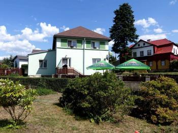 Dům s terasou - Prodej domu v osobním vlastnictví 240 m², Nový Oldřichov