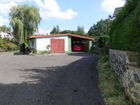 Dílna a parkovací stání - Prodej domu v osobním vlastnictví 240 m², Nový Oldřichov