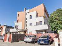 Prodej bytu 3+kk v osobním vlastnictví 87 m², Horoměřice