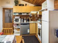 kuchyň (Prodej domu v osobním vlastnictví 145 m², Doksy)