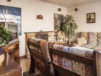 obývací pokoj (Prodej domu v osobním vlastnictví 145 m², Doksy)