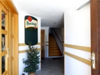 Vchod - Prodej penzionu 480 m², Mařenice
