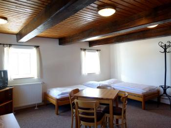 Pokoj  - Prodej penzionu 480 m², Mařenice