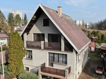 Pohled na dům - Prodej domu v osobním vlastnictví 189 m², Česká Lípa
