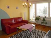 Obývák - Prodej bytu 3+1 v osobním vlastnictví 63 m², Stráž pod Ralskem