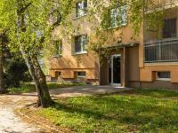 vstup do domu - Prodej bytu 3+1 v družstevním vlastnictví 67 m², Česká Lípa