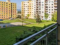 výhled z lodžie - Prodej bytu 3+1 v družstevním vlastnictví 67 m², Česká Lípa