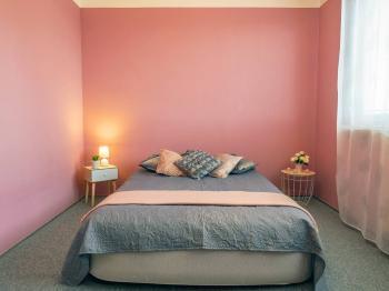 ložnice - Prodej bytu 2+kk v osobním vlastnictví 41 m², Česká Lípa