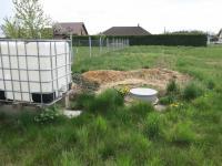 Studna přímo na pozemku 780/2 - Prodej pozemku 1992 m², Pertoltice pod Ralskem