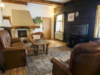 obývací pokoj - Prodej chaty / chalupy 290 m², Slunečná
