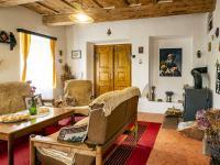 Obývací pokoj - Prodej chaty / chalupy 200 m², Zahrádky