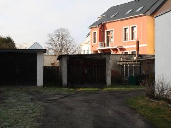 Garáž - Prodej bytu 1+1 v osobním vlastnictví 39 m², Česká Lípa