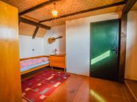 menší pokoj v podkroví - Prodej chaty / chalupy 110 m², Nový Bor