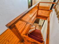 schody do podkroví - Prodej chaty / chalupy 110 m², Nový Bor