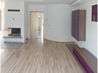 Pronájem domu v osobním vlastnictví 235 m², Klecany