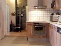 vstup (Prodej bytu 4+1 v osobním vlastnictví 100 m², Praha 8 - Karlín)