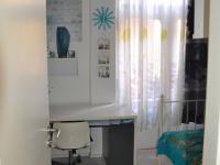 menší ložnice (Prodej bytu 4+1 v osobním vlastnictví 100 m², Praha 8 - Karlín)