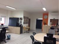 Pronájem kancelářských prostor 256 m², Praha 9 - Střížkov