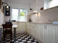okno z kuchyně (Prodej domu v osobním vlastnictví 294 m², Březová-Oleško)