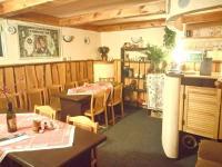 společenská místnost (Prodej penzionu 318 m², Březová)