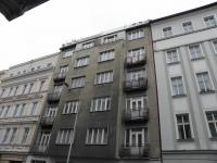 Prodej bytu 4+1 v osobním vlastnictví 100 m², Praha 8 - Karlín