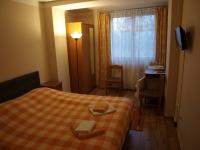 pokoje s vybavením - Prodej hotelu 699 m², Praha 8 - Čimice