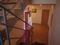 Prodej hotelu 699 m², Praha 8 - Čimice