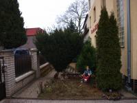 zahrádka vpředu - Prodej hotelu 699 m², Praha 8 - Čimice