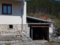 Garáž/sklad - Prodej domu v osobním vlastnictví 160 m², Dobršín