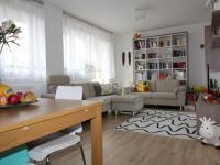 Prodej bytu 3+1 v osobním vlastnictví 79 m², Praha 10 - Uhříněves