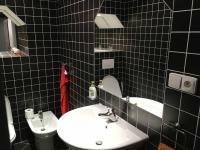 koupelna (Pronájem kancelářských prostor 87 m², Praha 5 - Smíchov)