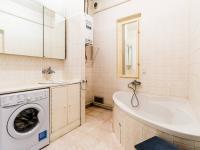 koupelna (Prodej bytu 3+1 v osobním vlastnictví 105 m², Praha 3 - Vinohrady)