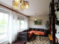 obývací pokoj s terasou (Prodej domu v osobním vlastnictví 294 m², Vyžlovka)