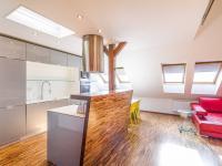kuchyňský kout (Prodej bytu 6+kk v osobním vlastnictví 153 m², Praha 3 - Vinohrady)