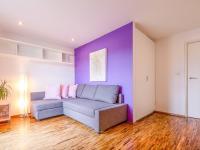 hostinský pokoj  (Prodej bytu 6+kk v osobním vlastnictví 153 m², Praha 3 - Vinohrady)