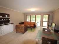 obývací pokoj s východem na terasu - Prodej bytu 4+kk v osobním vlastnictví 114 m², Dýšina