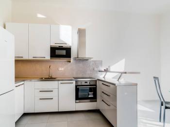 Pronájem bytu 2+1 v osobním vlastnictví 69 m², Praha 10 - Vršovice