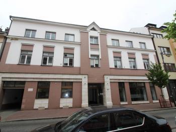 Prodej komerčního objektu 1932 m², Pardubice