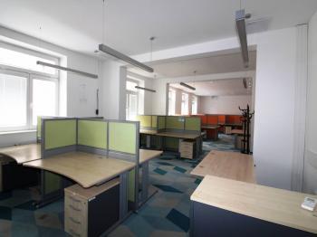 kanceláře - Prodej komerčního objektu 1932 m², Pardubice