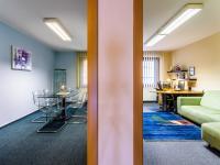 zasedačka a menší kancelář - Prodej kancelářských prostor 118 m², Praha 10 - Hostivař