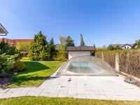 bazén - Pronájem domu v osobním vlastnictví 577 m², Praha 10 - Uhříněves
