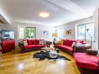 obývací pokoj - Pronájem domu v osobním vlastnictví 577 m², Praha 10 - Uhříněves