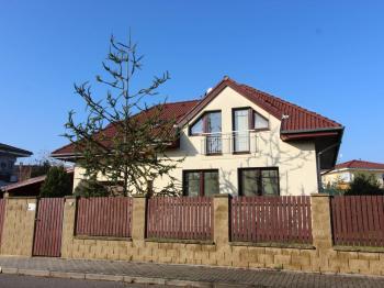 Vila, větší RD na prodej, Praha 10 (Pitkovice)
