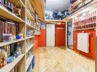 Předsíň b (Prodej bytu 2+kk v osobním vlastnictví 63 m², Praha 6 - Břevnov)