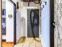Předsíň c (Prodej bytu 2+kk v osobním vlastnictví 63 m², Praha 6 - Břevnov)