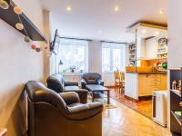 Pokoj 1b (Prodej bytu 2+kk v osobním vlastnictví 63 m², Praha 6 - Břevnov)