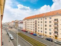 Výhled a (Prodej bytu 2+kk v osobním vlastnictví 63 m², Praha 6 - Břevnov)